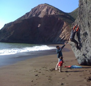 Tennessee Valley Beach - Bay Area Bouldering, California, USA. Click to Enlarge